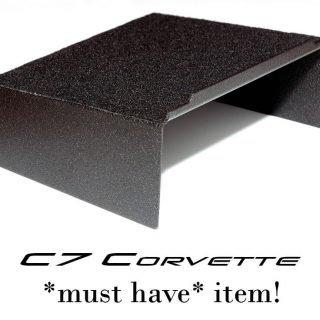 C7-shelf-5
